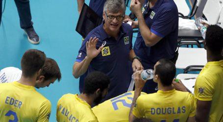 Renan é eleito o melhor treinador de esportes coletivos de 2018
