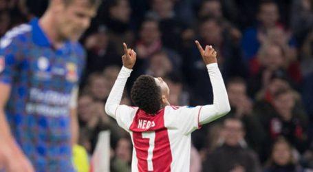David Neres figura na seleção de novembro do Campeonato Holandês