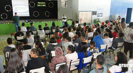 Escola Municipal de Pará de Minas lança projeto de irrigação sustentável em hortas
