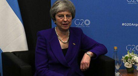 Theresa May faz último apelo para o Brexit