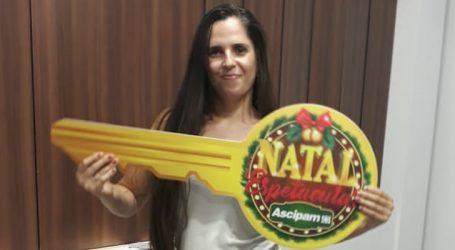 Moradora do bairro União ganha apartamento mobiliado na promoção Mega Prêmios o Ano Inteiro ASCIPAM