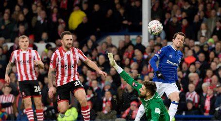 Bernard marca golaço, e Everton avança na Copa da Inglaterra. Veja