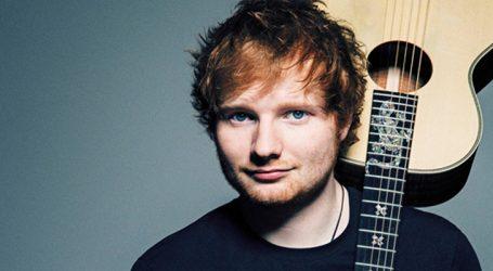 """Ed Sheeran alcança 4 bi de views com """"Shape of You"""". Assista"""