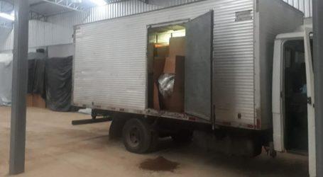 PM prende trio e apreende 20 toneladas de fumo que poderia ser usado na falsificação de cigarros em Nova Serrana