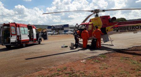Motociclista sofre acidente em Pará de Minas e é transferido para hospital em BH pelo helicóptero do Corpo de Bombeiros
