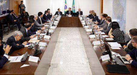 Presidente faz terceira reunião ministerial em duas semanas